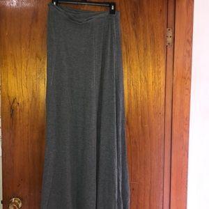 Simple floor length maxi skirt with tags